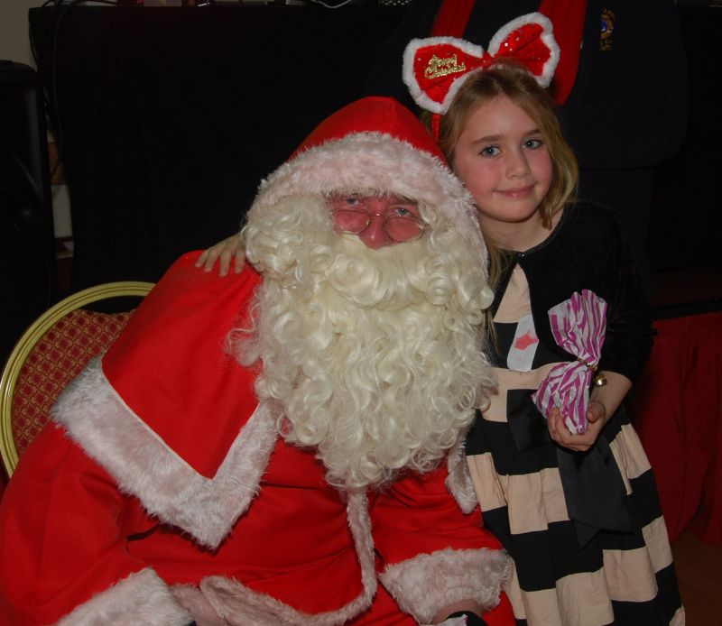 childrens-xmas-party image 12