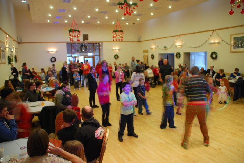 childrens-xmas-party image 18