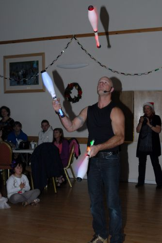 childrens-xmas-party image 6